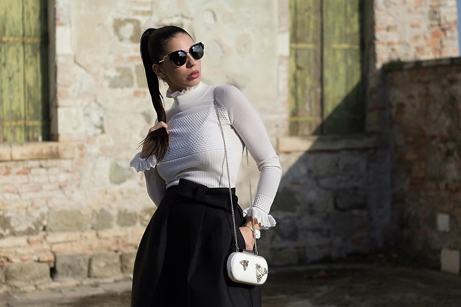 Fashion blogger Nicoleta Dan - Dezzal Look